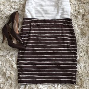 Ann Taylor brown skirt w/ cream lines